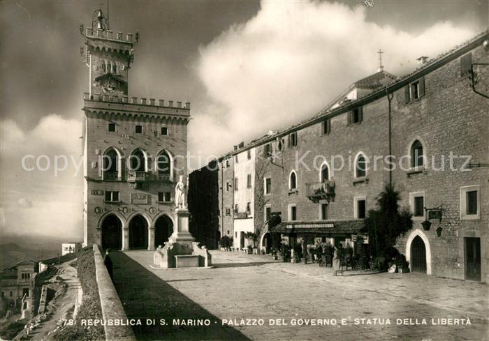 AK / Ansichtskarte San Marino Palazzo del Governo Statua Della Liberta San Marino