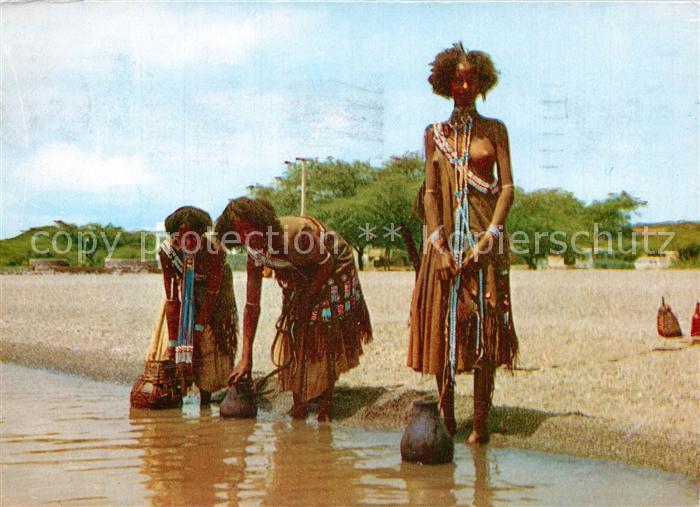 AK / Ansichtskarte Addis_Abeba Oromo Frauen Lake Sidamo Wassertraegerinnen Addis Abeba