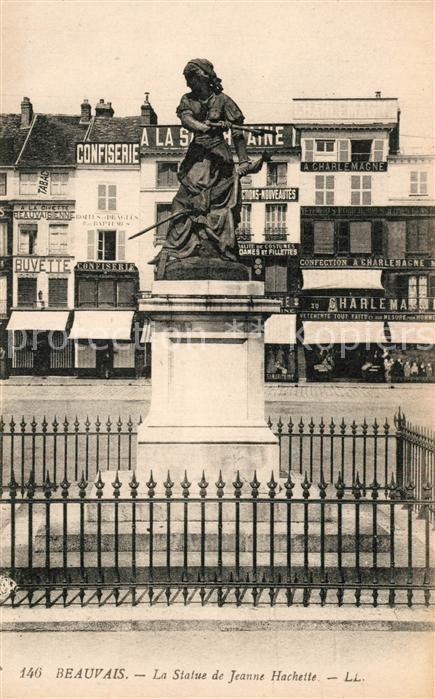AK / Ansichtskarte Beauvais La Statue de Jeanne Hachette Beauvais