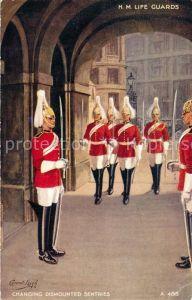 AK / Ansichtskarte London Whitehall Changing dismounted Sentries Life Guards London