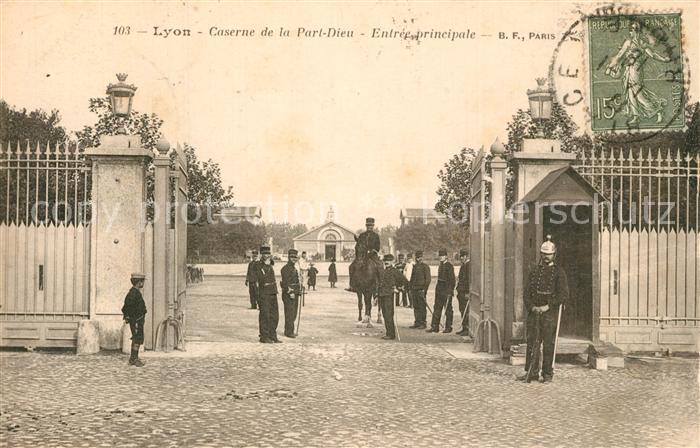 AK / Ansichtskarte Lyon_France Caserne de la Part Dieu Entree principale Lyon France