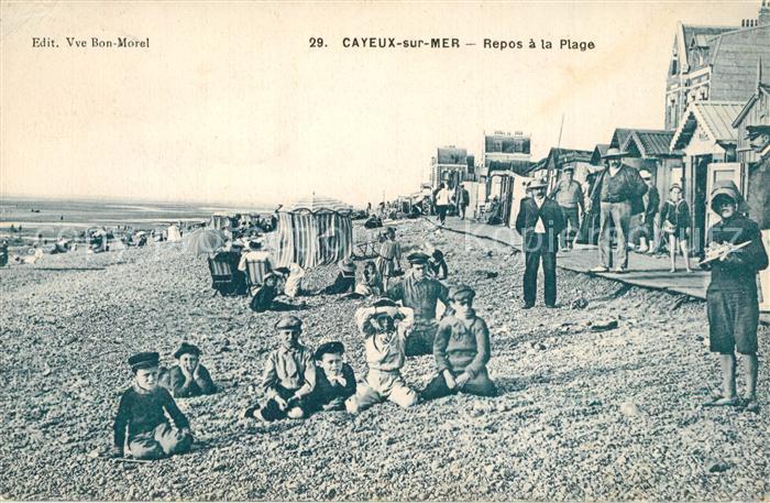 AK / Ansichtskarte Cayeux sur Mer Repos a la Plage Cayeux sur Mer