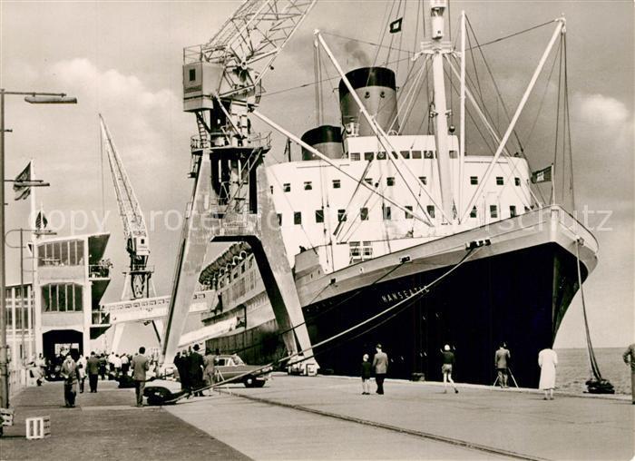 AK / Ansichtskarte Schiffe_Ships_Navires Hanseatic Steubenh?ft Cuxhaven  0