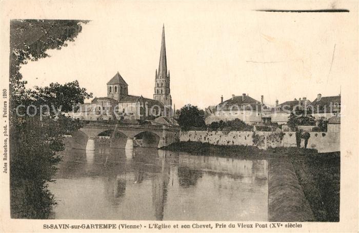 AK / Ansichtskarte Saint Savin sur Gartempe Eglise et son Chevet Pris du Vieux Pont