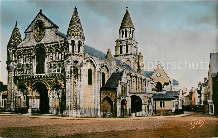 AK / Ansichtskarte Poitiers_Vienne Notre Dame la Grande Poitiers Vienne