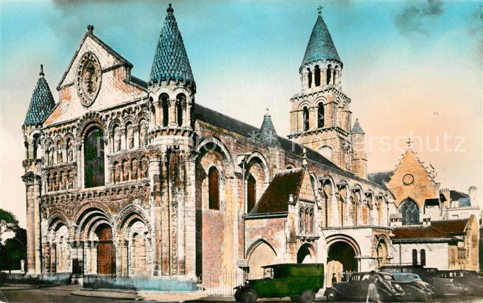 AK / Ansichtskarte Poitiers_Vienne Eglise Notre Dame la Grande Poitiers Vienne