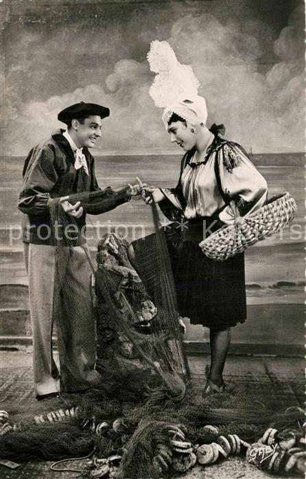 AK / Ansichtskarte Les_Sables d_Olonne Costumes Sablais Les_Sables d_Olonne