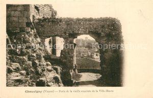 AK / Ansichtskarte Chauvigny Porte de la vieille enceinte de la Ville Haute Chauvigny