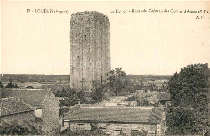 AK / Ansichtskarte Loudun Le Donjon Restes du Chateau des Comtes d Anjou Loudun