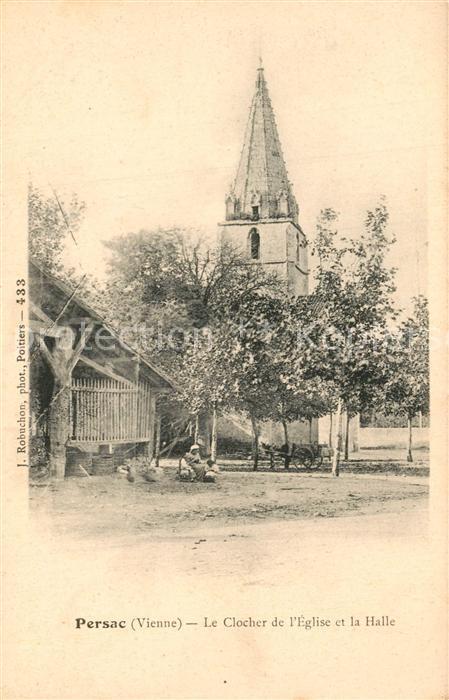 AK / Ansichtskarte Persac Le Clocher de Eglise et la Halle Persac 0