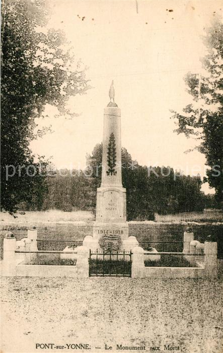 AK / Ansichtskarte Pont sur Yonne Le Monument aux Morts Pont sur Yonne 0