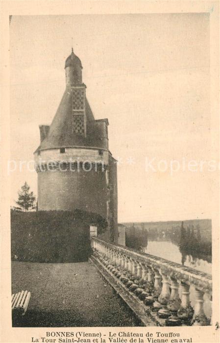 AK / Ansichtskarte Bonnes_Vienne Le Chateau de Touffou La Tour Saint Jean et la Vallee de la Vienne en aval Bonnes Vienne