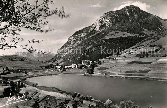 La_Thuile Vue generale du lac et du village Alpes Francaises La_Thuile 0