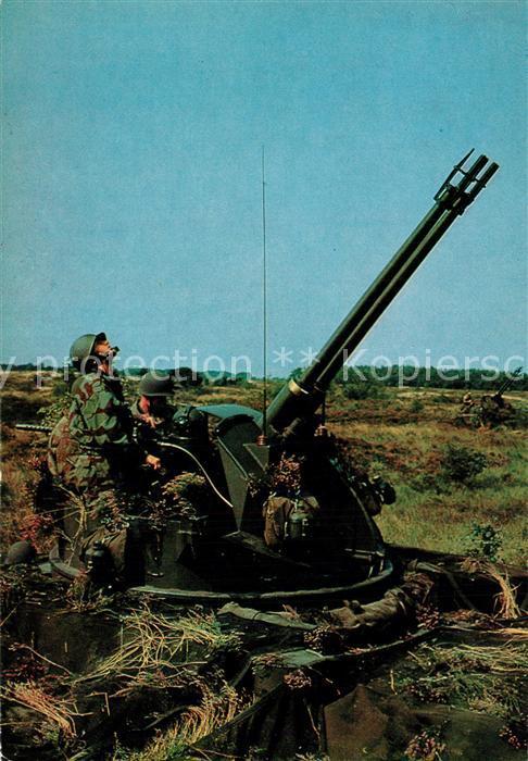 AK / Ansichtskarte Militaria_Panzer M 42 Panzerflakzwilling Deutsche Bundeswehr  Militaria Panzer