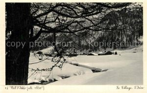 AK / Ansichtskarte Val_d_Isere Panorama le village et l Isere en hiver Alpes Francaises Val_d_Isere