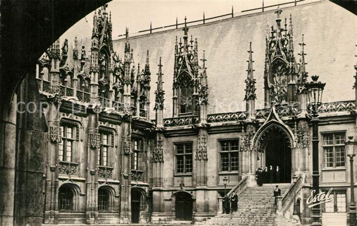 AK / Ansichtskarte Rouen Palais de Justice Cour d`Honneur Rouen