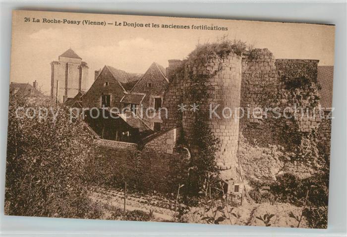 AK / Ansichtskarte La_Roche Posay Le Donjo et les anciennes fortifications La_Roche Posay