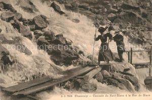 AK / Ansichtskarte Chamonix Cascade du Mont Blanc a la Mer de Glace Chamonix