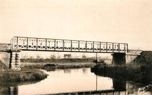 AK / Ansichtskarte Connerre Pont du chemin de fer Connerre