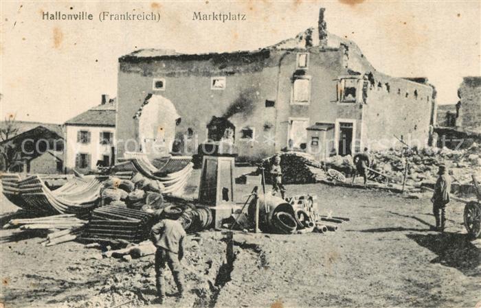 AK / Ansichtskarte Halloville Marktplatz Kriegszerstoerung Halloville