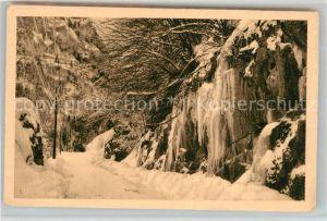 AK / Ansichtskarte Les_Gets_Haute_Savoie Route des Gets et stalactites de glace en hiver Les_Gets_Haute_Savoie