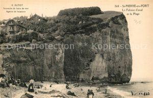 AK / Ansichtskarte Saint Pierre en Port La Falaise d aval et la Plage Saint Pierre en Port