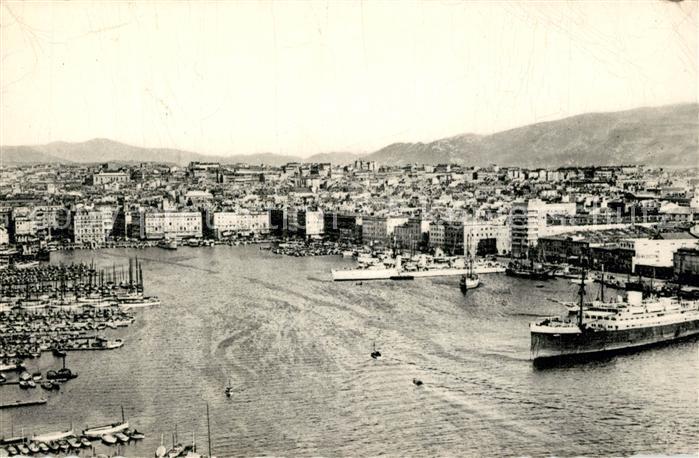 AK / Ansichtskarte Marseille_Bouches du Rhone Vue generale du Vieux Port Marseille