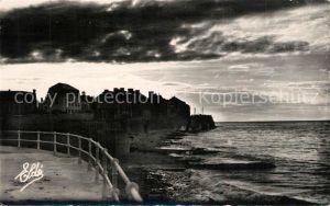 AK / Ansichtskarte Luc sur Mer Coucher de soleil sur la Cote de Nacre Luc sur Mer