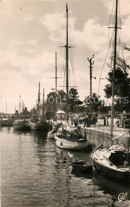 AK / Ansichtskarte Riva Bella Les Yachts au port Riva Bella