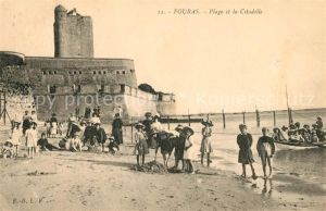 AK / Ansichtskarte Fouras_Charente Maritime La Plage et la Citadelle Fouras Charente Maritime