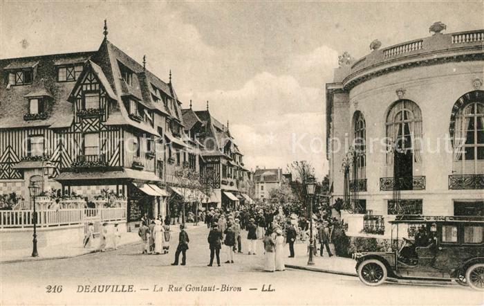 AK / Ansichtskarte Deauville Rue Gontaut Biron Deauville 0