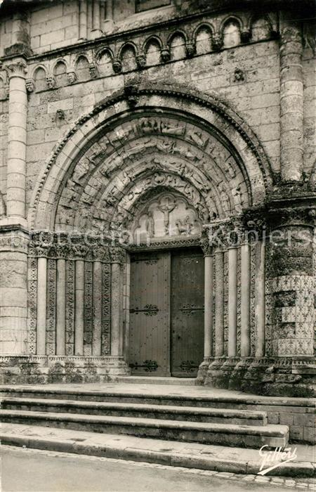 AK / Ansichtskarte Pont l_Abbe d_Arnoult Portail central de l Eglise romane XIIe siecle Pont l_Abbe d_Arnoult