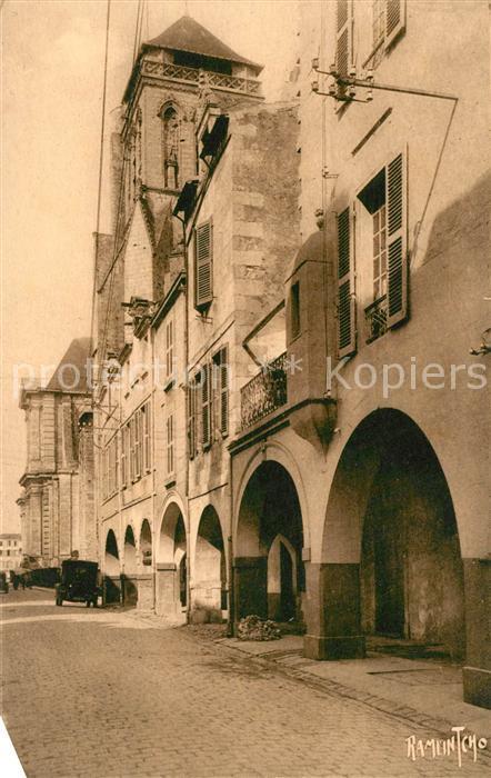 AK / Ansichtskarte La_Rochelle_Charente Maritime Rue Pernelle Cathedrale La_Rochelle