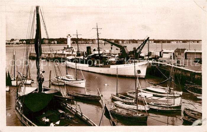 AK / Ansichtskarte Royan_Charente Maritime Le Port Royan Charente Maritime 0