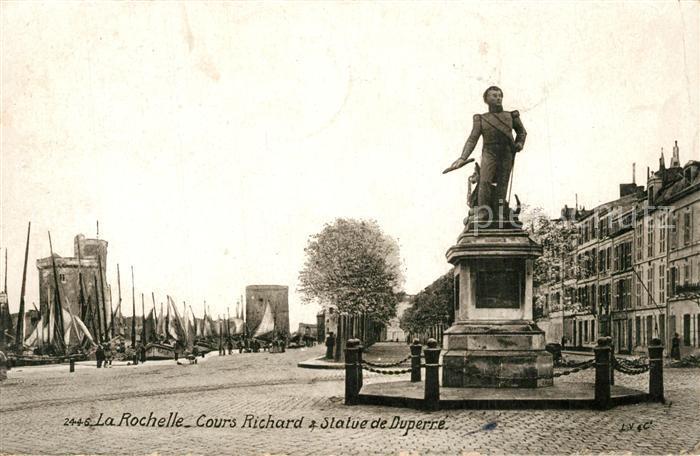 AK / Ansichtskarte La_Rochelle_Charente Maritime Cours Richard Statue de Duperre Monument La_Rochelle 0