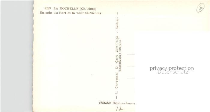 AK / Ansichtskarte La_Rochelle_Charente Maritime Un coin du port et Tour Saint Nicolas Bateaux La_Rochelle 1