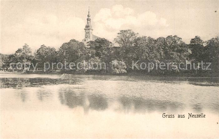 AK / Ansichtskarte Neuzelle Partie am Wasser Blick zur Kirche Neuzelle