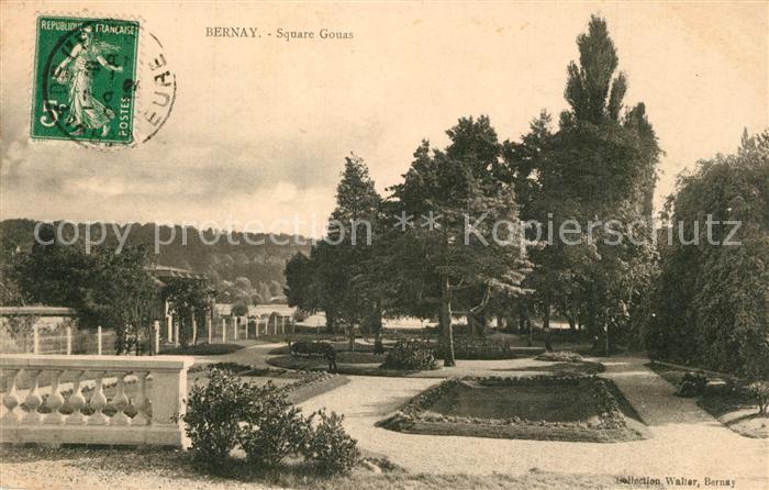 AK / Ansichtskarte Bernay Square Gouas Bernay
