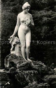 AK / Ansichtskarte Luchon_Haute Garonne Statue de Vall?e du Lys Luchon Haute Garonne