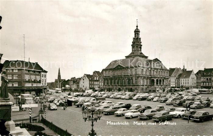 AK / Ansichtskarte Maastricht Markt met Stadhuis Rathaus Maastricht