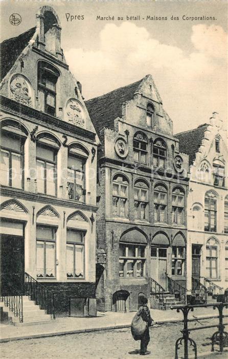 AK / Ansichtskarte Ypres_Ypern_West_Vlaanderen Marche au betail Maisons des Corporations Ypres_Ypern 0