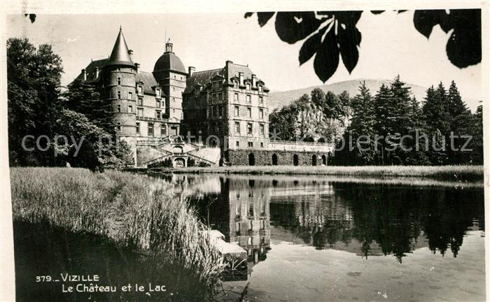 AK / Ansichtskarte Vizille Chateau et le Lac Vizille