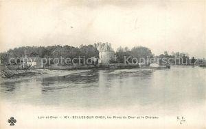 AK / Ansichtskarte Selles sur Cher Les Rives du Cher et le Chateau Selles sur Cher