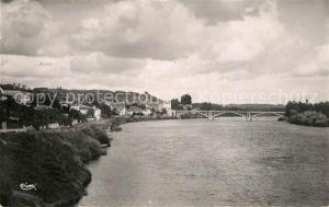 Castillon la Bataille Vue generale et rives de la Dordogne Castillon la Bataille