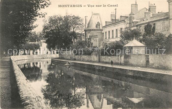 Montargis_Loiret Vue sur le Canal Montargis Loiret