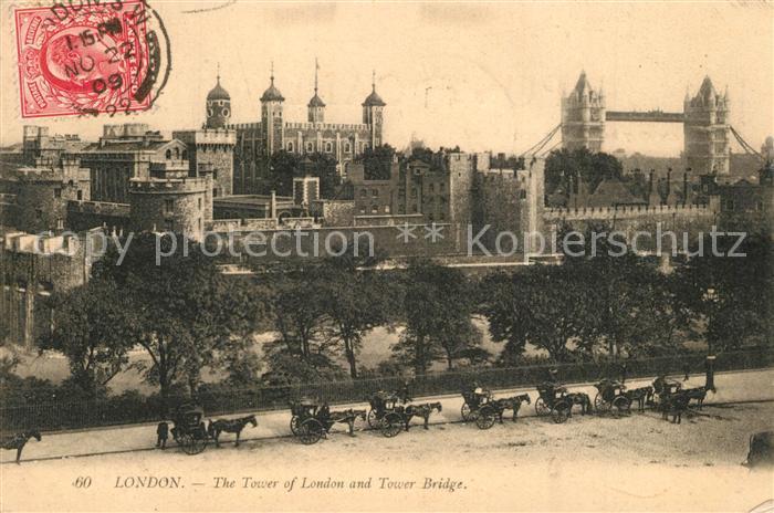 AK / Ansichtskarte London The Tower of London and Tower Bridge London