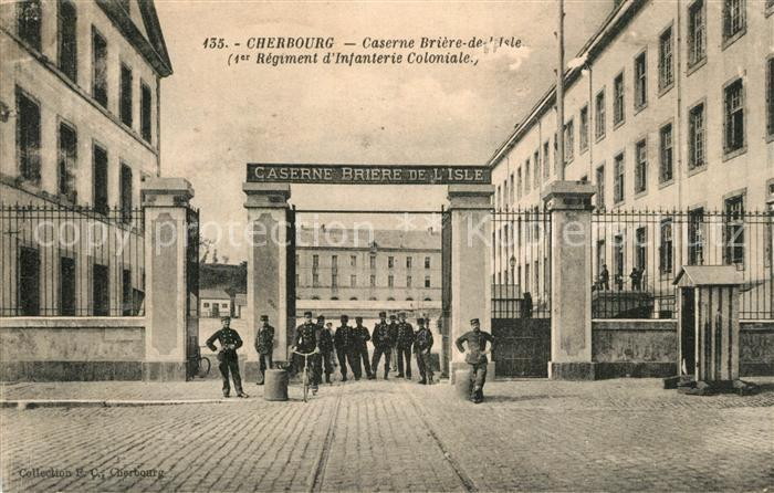 AK / Ansichtskarte Cherbourg_Octeville_Basse_Normandie Caserne Briere de l Isle Cherbourg_Octeville