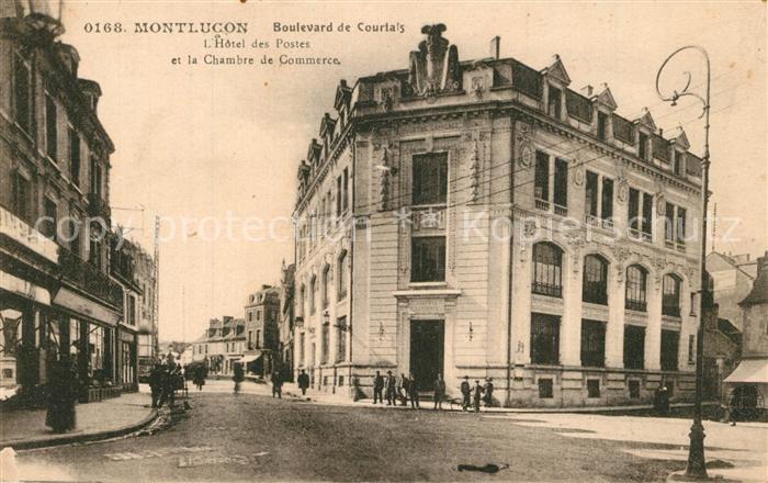 AK / Ansichtskarte Montlucon Boulevard de Courtais Hotel des Postes et la Chambre de Commerce Montlucon 0