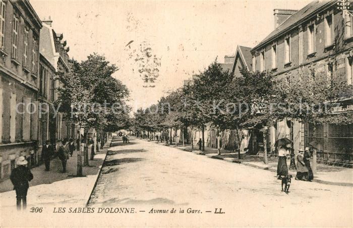 AK / Ansichtskarte Les_Sables d_Olonne Avenue de la Gare Les_Sables d_Olonne 0