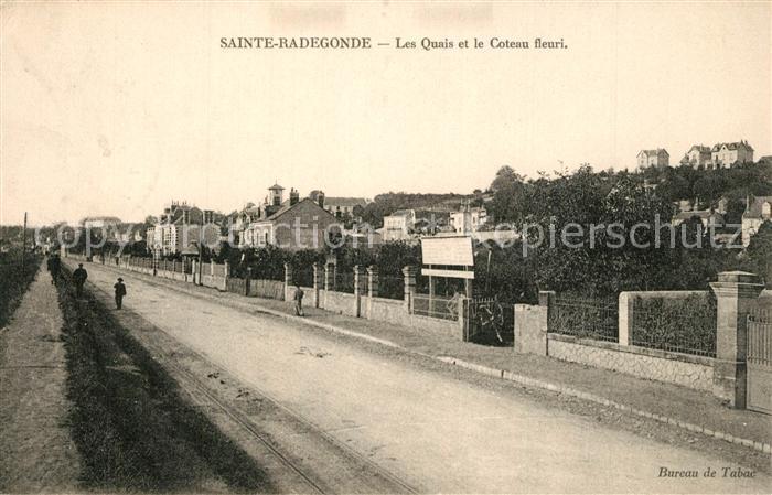 AK / Ansichtskarte Sainte_Radegonde_Indre_et_Loire Les Quais et le Coteau fleuri  0